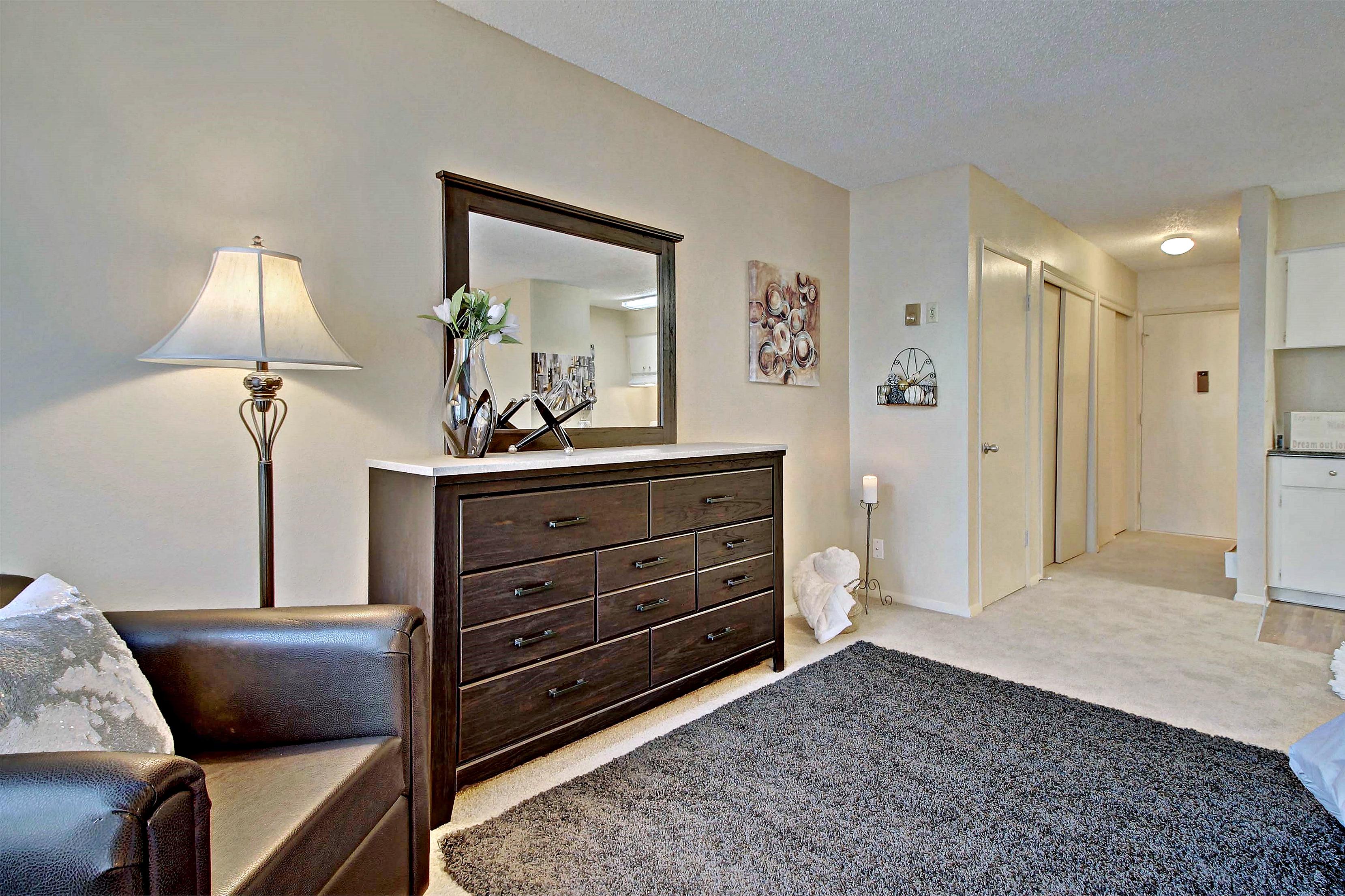 1 Bedroom Apartments In Okc | Hudson Warren Properties