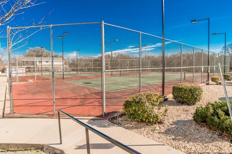Acacia - Tennis Court