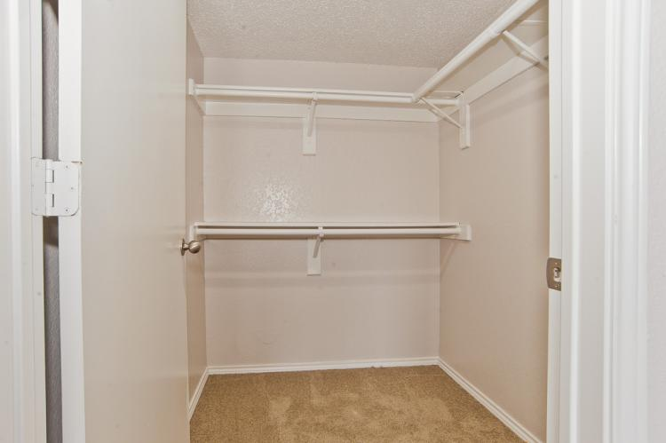 Oakwood Condos - Walk in Closet