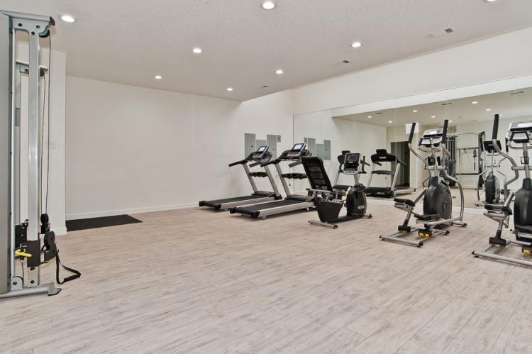 Oakwood Condos - Fitness Center